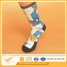 factory price professional high quality cotton led light up socks