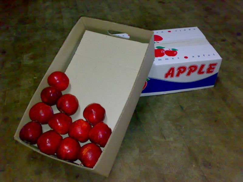 Apples Packing