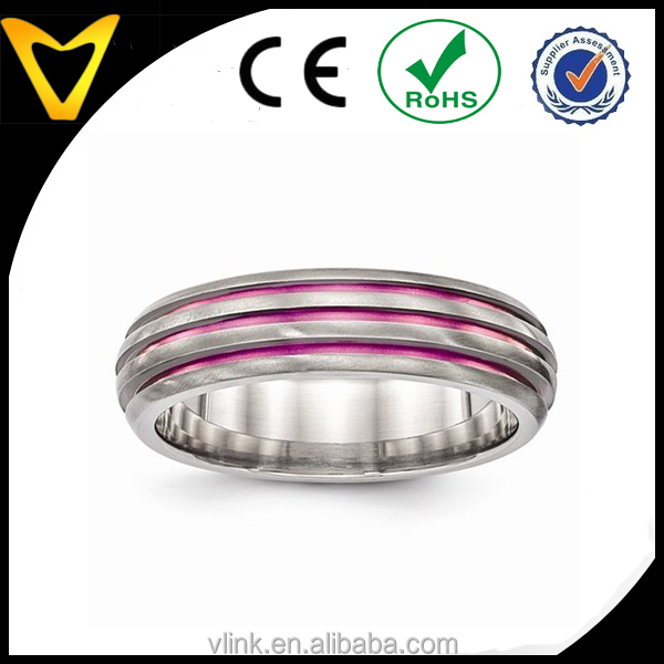 Best Price Christmas Gifts Titanium Ring Mens Womens Wedding Bands Wholesale, Pink Anodized Triple Groove Titanium Wedding Band