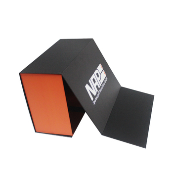 Guangzhou Custom Rigid Luxury Foldable Magnetic Closure Apparel Packaging Gift Paper Box