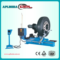 Tyre changers/mounting tools and equipment