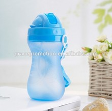 single wall plastic water bottles with sipper straw cap for promotion