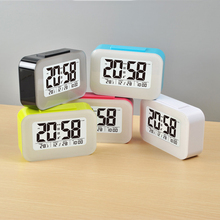 Electronic wake up light alarm clock digital time date with snooze function for kids