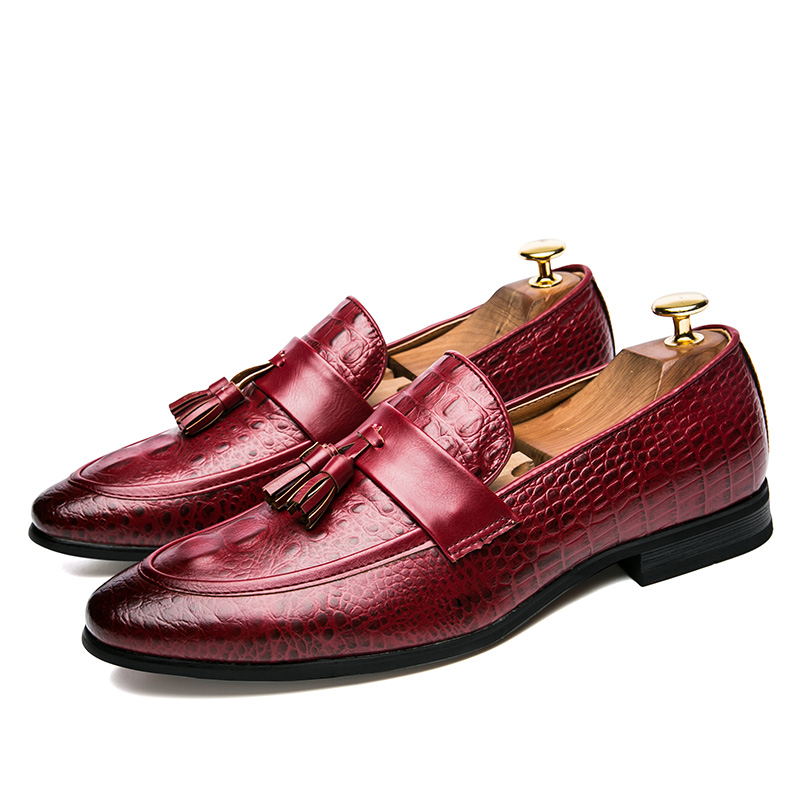 men winter italian fashion snake skin brogue leather oxford tassel slip on pointed toe shoes designer male formal cool footwear  (1)