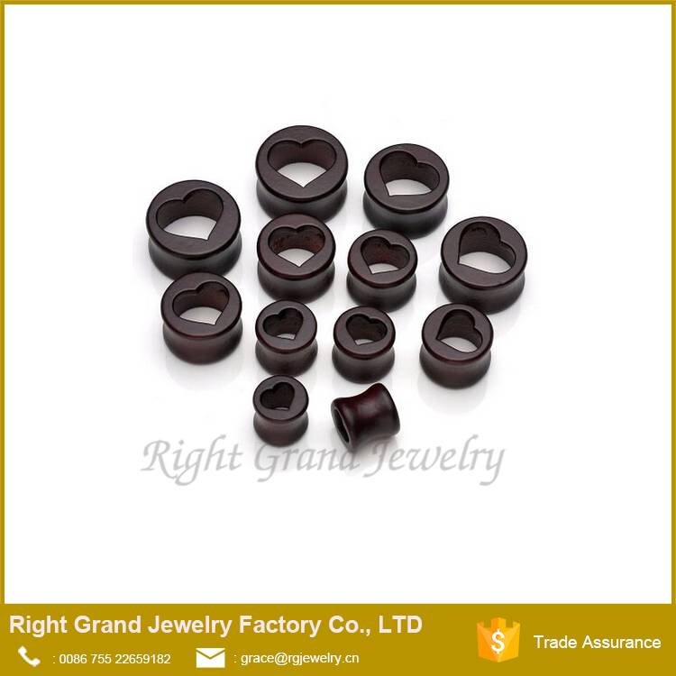 Latest Design Brown Wooden Heart Gauge Plugs Body Jewelry Wholesale
