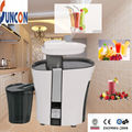 1L pulp capacity, electric plastic juicer with stainless steel blade and filter