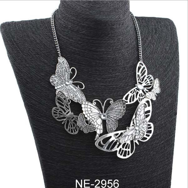 European Fashion Metal Alloy Necklace Retro Butterfly Necklace
