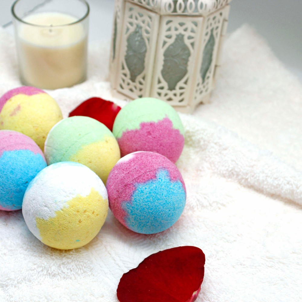 Natural handmade colorful bath bomb gift set for home spa