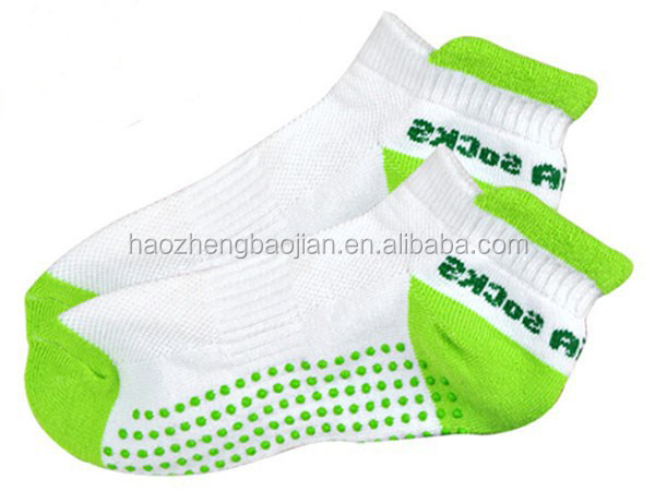High Quality Customized Colorful Cheap Price Antibacterial Soft Comfortable Yoga Pilates Anti-slip Socks