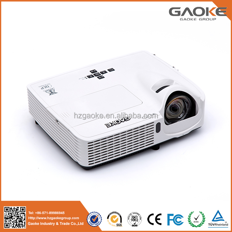 Interactive DLP ultra short throw projector 10000:1 20000 hours HDMI USB WLAN 3000 lumens for schools education entertainment