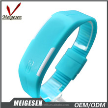 Global Hot Wrist Watch Cheap Promotional LED Rubber Bangle Watch