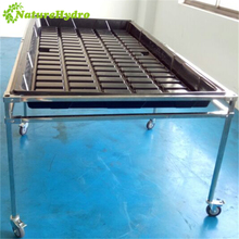 Greenhouse ebb and flow tray flood table rolling bench