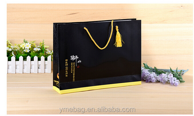 Black Laminated paper carrier bag for clothes holding