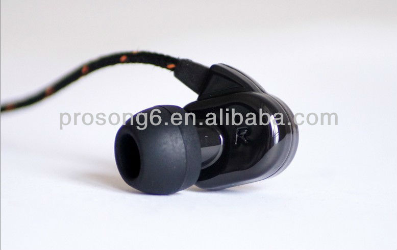 High Class Mobile Phone Earphone with Microphone Perfect Sound Quality Black