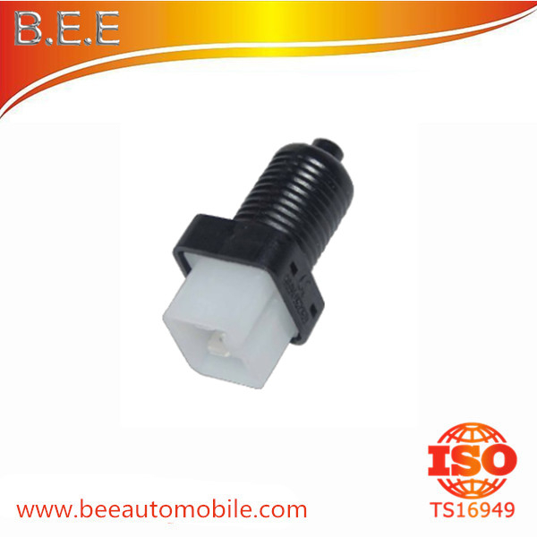 BRAKE LIGHT SWITCH For PEUGEOT 9604082180