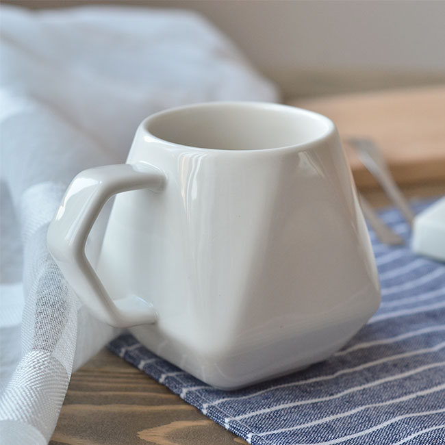 Unique Style White Glazed New Bone china 8 oz Coffee Cups for Cafes made in china