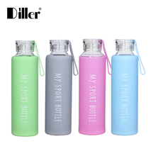 Wholesale custom logo 750ml 550ml 500ml borosilicate glass drink water bottle with silicone sleeve