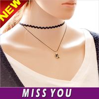 Korean version of the new fashion moon pendant necklace women necklace fashion boutique creative subsection