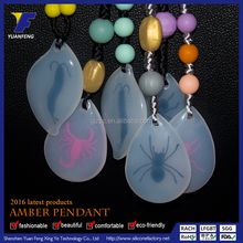 New Fashion Eco-friendly Amber Charm Pendant for Necklace Wholesale