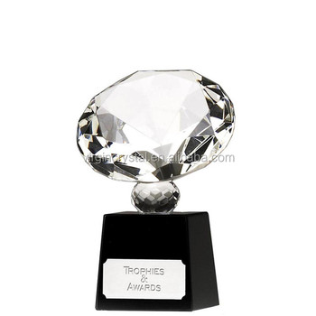 Wholesale Black Base Crystal diamond shape Golf trophy With Big Size Crystal Diamond For Business Gift