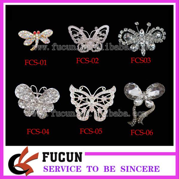 butterfly rhinestone brooch.jpg