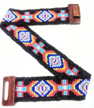 Wooden stretch beaded belts