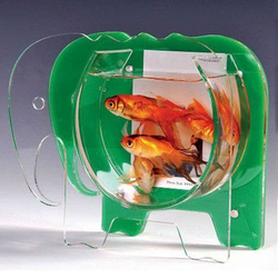Fashionable Elephant Shaped Clear and Green Acrylic Frame Fish Tank for home office decoration