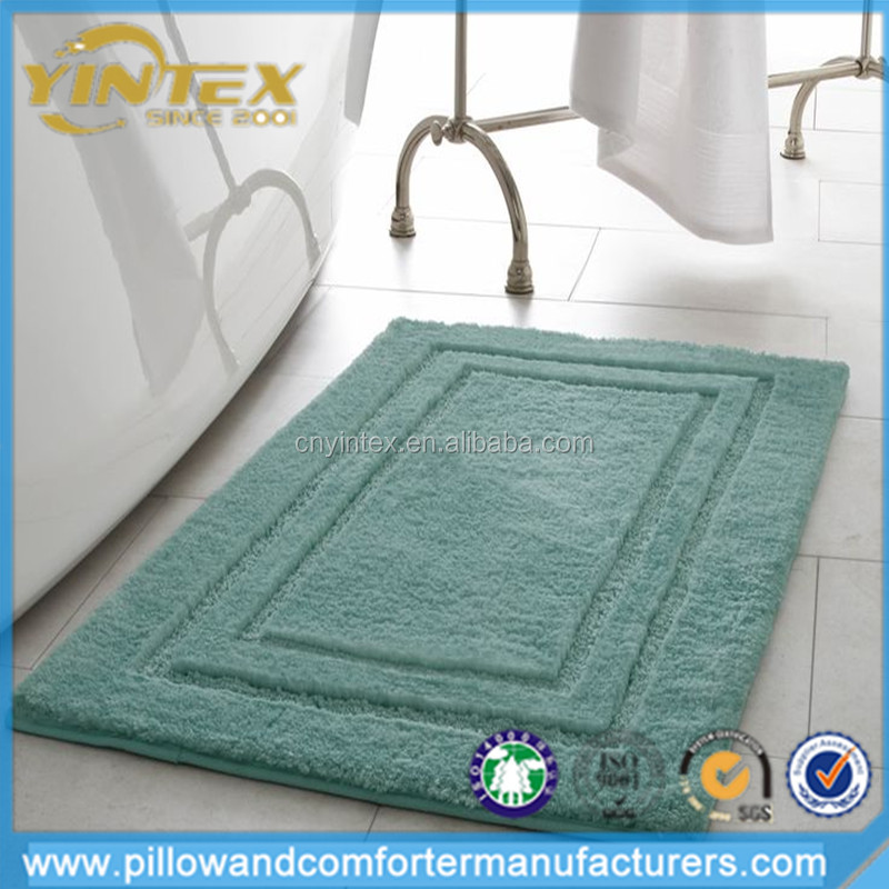 low moq memory foam embossed pattern bathroom curved bath mat with non slip support