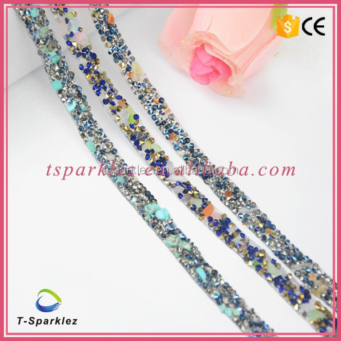 Hot fix strip rhinestone trimmings/decorative plastic rhinestone mesh trimming