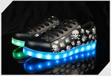 Pretty cool skull men footwear,low top led light casual shoes Spring Hot-Sale New Design Yezi Led Shoes with 7 led color for men