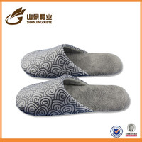 new model pu material dot slipper men footwear shoe