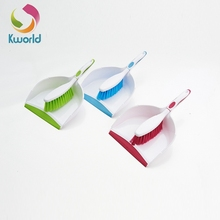 Household articles plastic dustpan and brush cleaning set