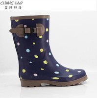 2016 new style women rubber rain boot navy bule ground has colorful dots with Buckle short boot