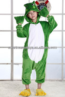Wholesale flannel front button easy wearing kids frog onesis pajamas for party unisex kids frog animal onesie