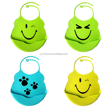 Cute Cartoon Waterproof Silicone Baby Bib With Pocket