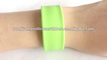 2012 the most charming cheap price silicone power slap band for sports