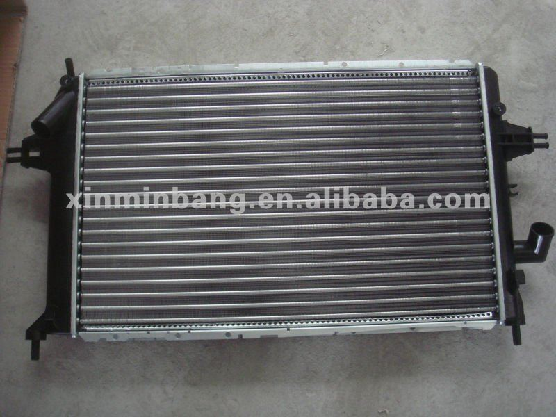 high quality AUTO ALUMINUM RADIATOR FOR OPEL ASTRA G 1998 OEM 1300209/9192586 MT