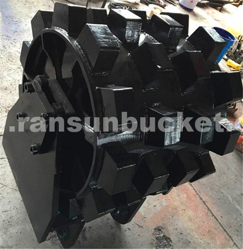 Manufacturer Factory Price High Quality HARDOX-500 NM400 Material Compaction Wheel