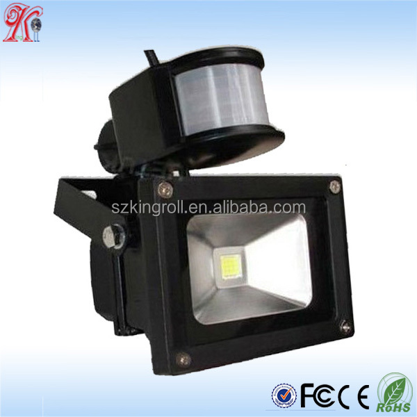 shenzhen wholesales ce rohs outdoor die casting aluminum solar 30w led flood light with PIR sensor