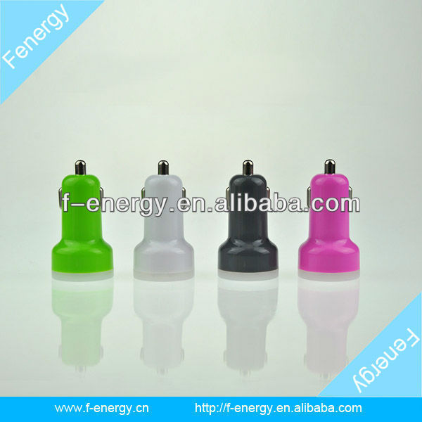 Dual USB Car Charger for iPad and Samsung P1000
