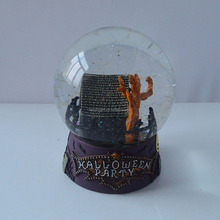 Resin Decorating Nightmare Halloween Giftware Snow Globe