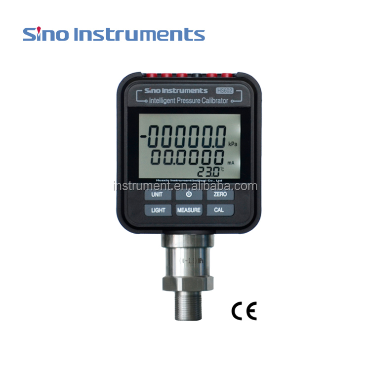 Intelligent pressure calibrator for pressure gauge, and pressure transimitter