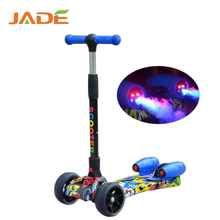 colorful electric 3 flashing Wheels Rocket water jet spray cheap kick scooter for kids