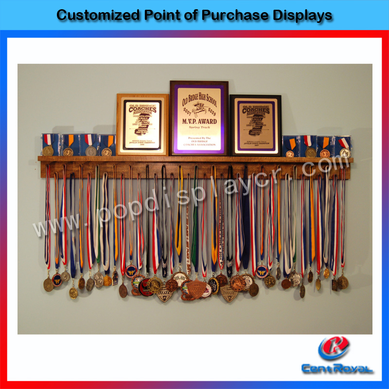 2017 Top selling professional design slatwall belt display stand for hanging medal