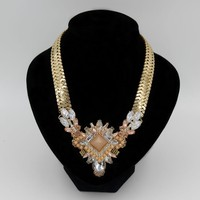 2015 Hot Selling Fake Gold Jewelry , Wholesale Chunky Statement Necklace