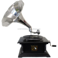 Wooden Antique Style Gramophone with Brass Horn, Item number Sai-1052