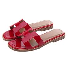 2019 Hot Wholesale Leather Sandals Women Flat Shoes Fashion Lady <strong>Slippers</strong> For Women
