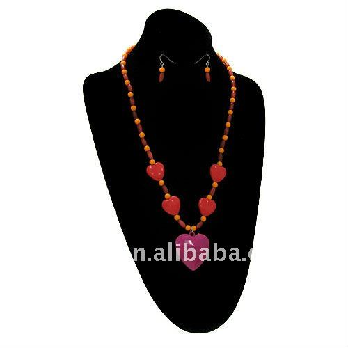 fashion cheap red acrylic beads and heart necklace earring set.cheap beaded jewelry set promotional girts