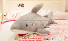 gigante peluche <span class=keywords><strong>squalo</strong></span> con <span class=keywords><strong>denti</strong></span> affilati
