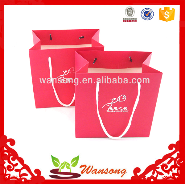 Printing factory custom paper bag machine making,full color lamination handle carrying gift shopping paper bag foldable